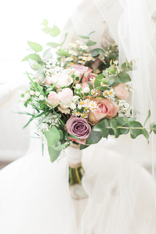 Wedding flowers at Hitchin Priory